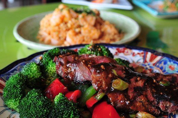 steak w broccoli.jpg