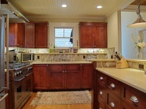 Azar-Kitchen.-594-x-446-300x225.jpg