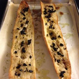 Black-garlic-bread-copy.jpg